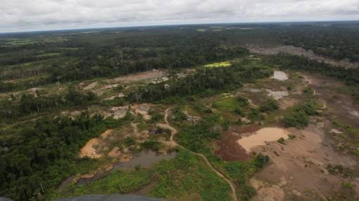 Tierra, Medio ambiente