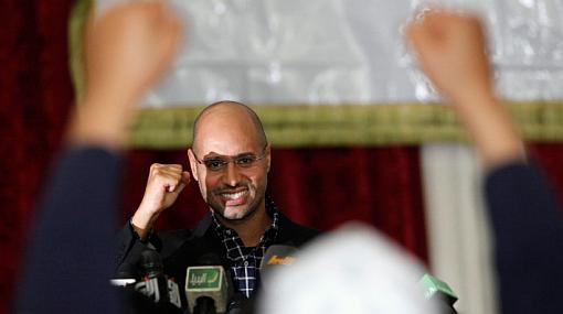 Hijo de Gadafi anuncia resistencia contra las