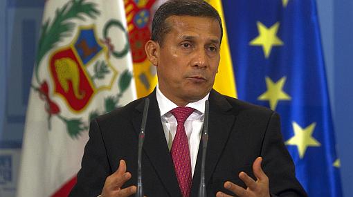 """Humala: """"Estamos soplando la nube de la crisis para que no llegue"""" 440844"""