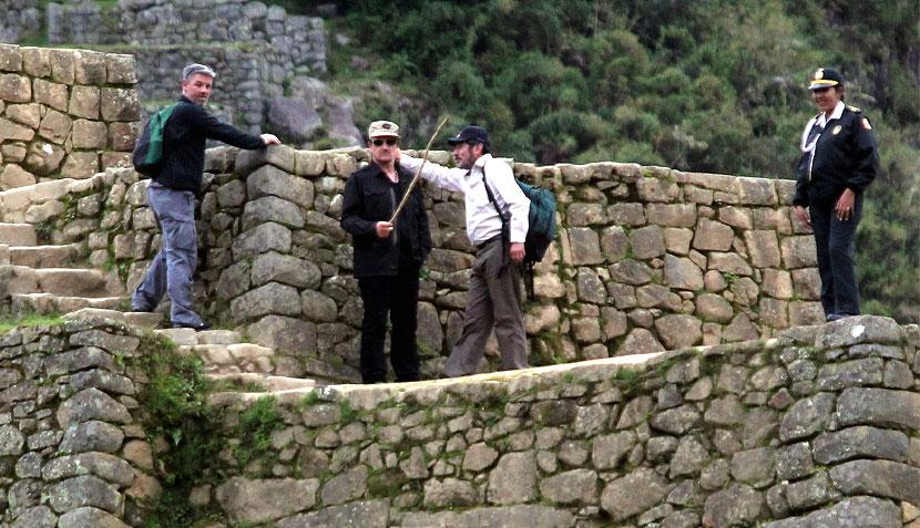 Las imágenes de la visita de Bono a Machu Picchu 450258