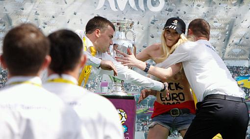 Ucrania, Eurocopa 2012, Femen