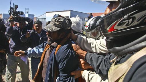 Cusco, Minería, Espinar, Protestas antimineras, Policía Nacional del Perú, Xstrata Tintaya, Herbert Huamán