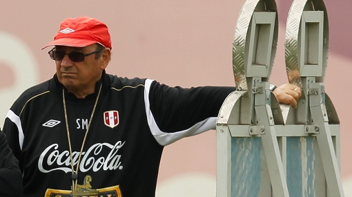 Sergio Markarián, Eliminatorias Brasil 2014, Selección peruana