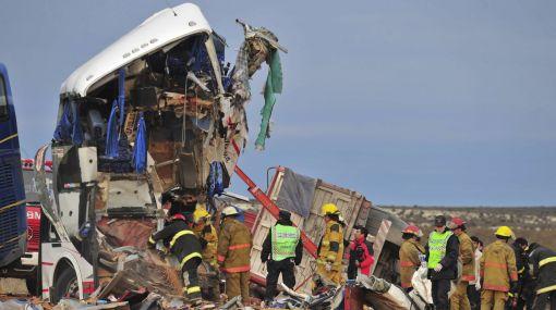 Argentina: choque entre camión y ómnibus dejó 14 muertos y 40 heridos 486176