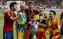 Iker Casillas, Xavi Hernndez, Seleccin espaola, Eurocopa 2012
