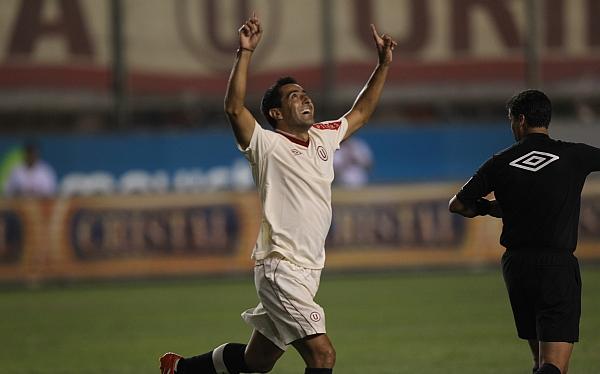 Miguel Ximénez, Fútbol peruano, Universitario de Deportes, Descentralizado 2012, Copa Movistar 2012, Sporting Cristal