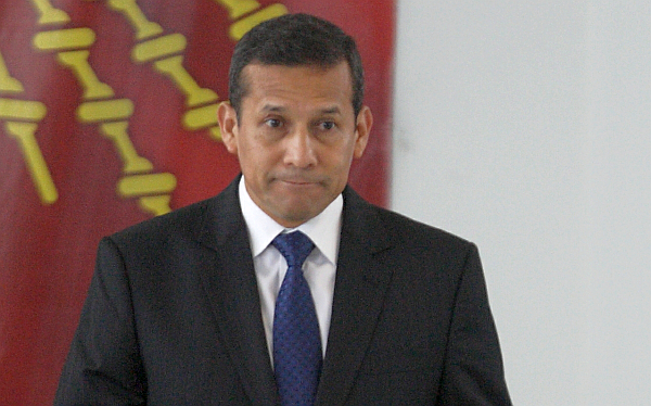 Ollanta Humala, Conflictos sociales, Cajamarca, Aprobación presidencial, Proyecto Conga