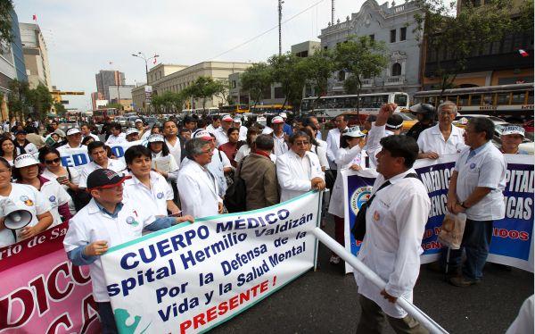 , Huelgas en Lima, Enfermeras,  Paro de médicos,  Huelga médica,  Huelga de enfermeras