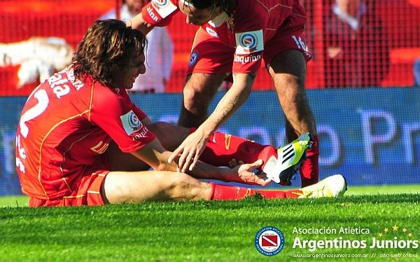 José Carlos Fernández, Fútbol argentino, Argentinos Juniors, Juan Artese