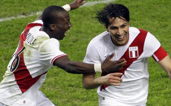 Luis Advíncula, Eliminatorias Brasil 2014, Selección peruana, Sporting Cristal, Copa Movistar 2012