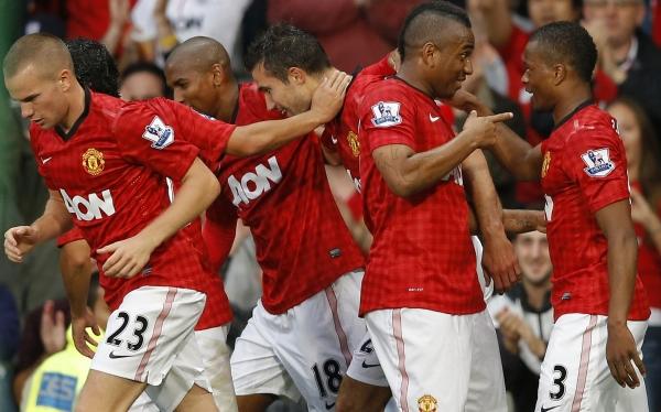 Robin van Persie, Fútbol inglés, Liga Premier, Premier League, Fulham, Manchester United