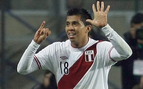 Rinaldo Cruzado, Serie A, Fútbol italiano, Chievo Verona, Selección peruana