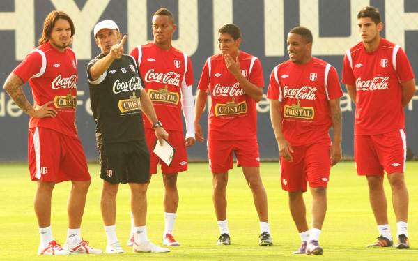 Eliminatorias Brasil 2014, Selección peruana