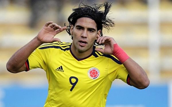 Radamel Falcao García, Selección colombiana, Selección uruguaya, Eliminatorias Brasil 2014