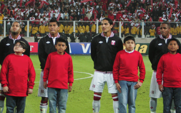 Eliminatorias Brasil 2014, Selección venezolana, Selección peruana