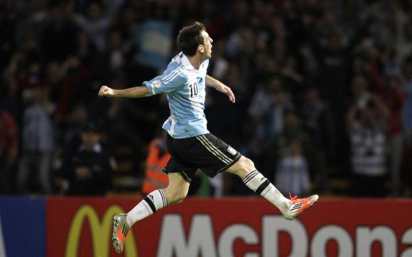 Lionel Messi, Selección argentina, Eliminatorias Brasil 2016