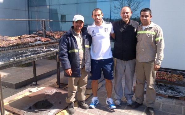 Javier Mascherano, Selección argentina, Eliminatorias Brasil 2014, Selección peruana