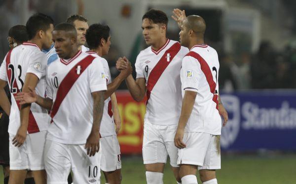 selección argentina, Eliminatorias Brasil 2014, Selección peruana
