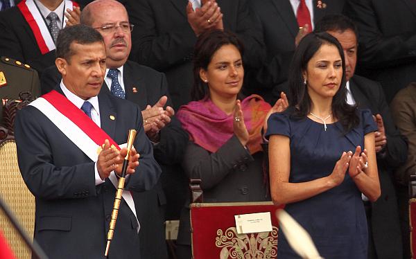 Ollanta Humala, Ipsos Apoyo, Nadine Heredia,  Encuesta de Poder