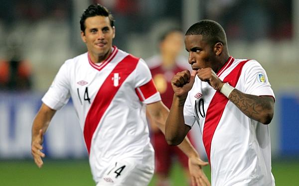 Manuel Burga, Sergio Markarián, Eliminatorias Brasil 2014, Selección peruana