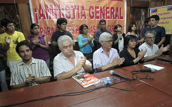 Abimael Guzmán, Víctor Andrés García Belaunde, Javier Bedoya de Vivanco, Luz Salgado, Movadef, Sendero Luminoso