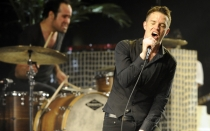 The Killers, Alicia Keys y Pitbull suben al escenario de los MTV EMA 2012 - Noticias de heidi klum