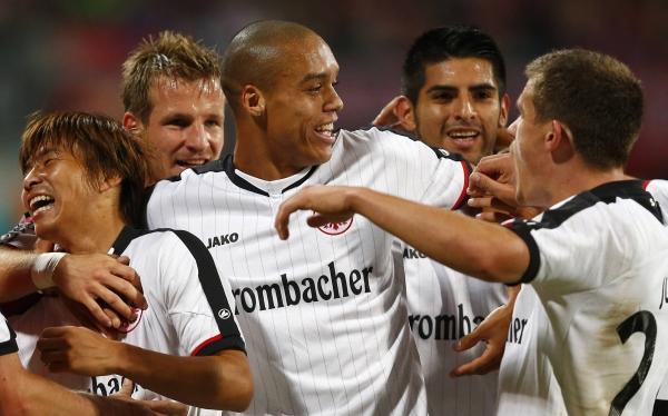 Bundesliga, Carlos Zambrano, Fútbol alemán, Eintracht Frankfurt, Nuremberg
