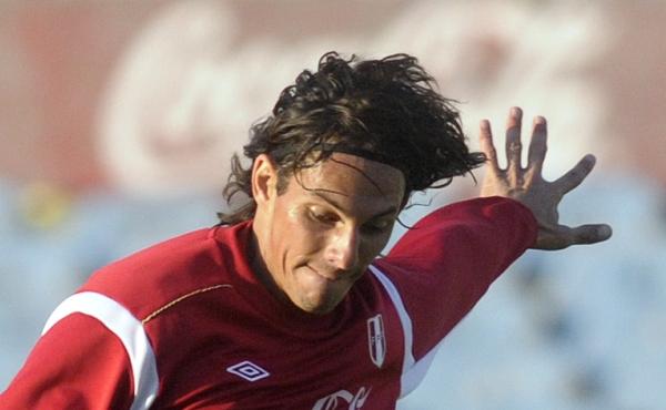 José Carlos Fernández, Fútbol argentino, Argentinos Juniors, Eliminatorias Brasil 2014, Selección peruana, Juan Artese