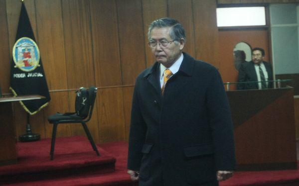 Alberto Fujimori, , Avelino Guillén