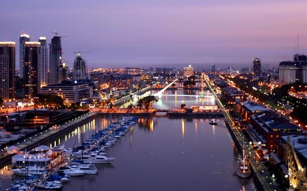 Cae turismo en argentina llegada de extranjeros disminuy for Oficina virtual puerto madero
