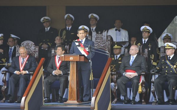 Marina de Guerra del Perú, Fuerzas Armadas, Terrorismo, Ley del negacionismo