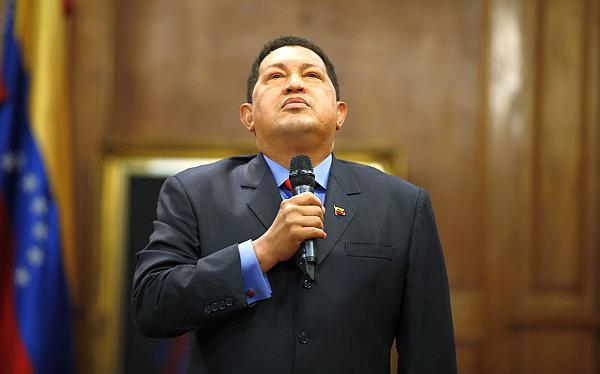 Hugo Chávez sufre complicaciones y su estado de salud es delicado