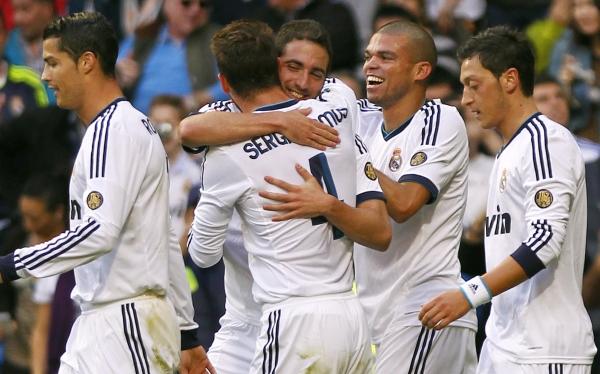 Real Madrid venció 2-0 al Celta con goles de Higuaín y Cristiano Ronaldo