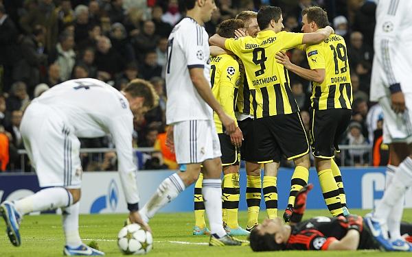 Real Madrid no pudo con Borussia Dortmund e igualó 2-2 por Champions