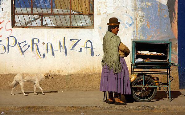 Bolivia: castración a violadores fue aprobada por consejo indígena