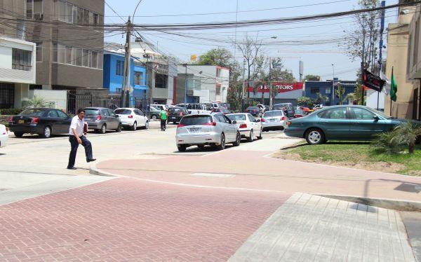 San Isidro remodeló veredas para peatones discapacitados y adultos mayores