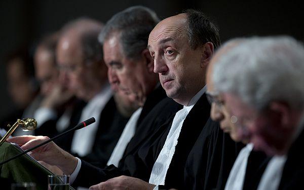 Corte de La Haya hizo públicas las memorias que presentaron Perú y Chile