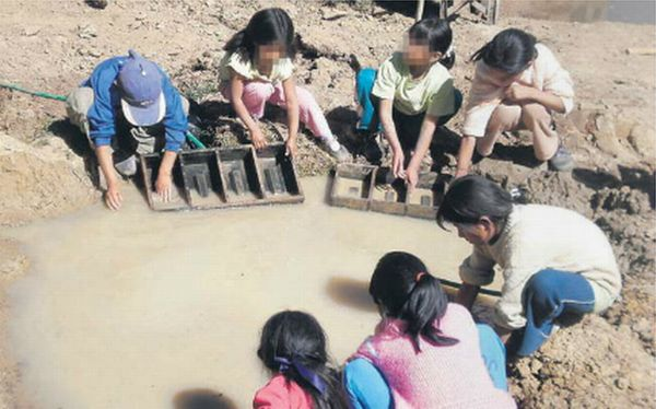 Perú: Rescatan a 55 niños con enfermedades que trabajaban en ladrilleras