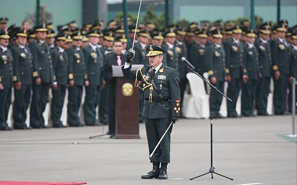 el ejecutivo oficializo hoy el ascenso de 23 generales cuatro