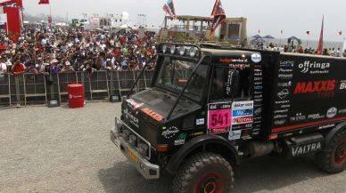 ¿Has ido al Village Dakar? Solo hasta hoy puedes ver de cerca los vehículos