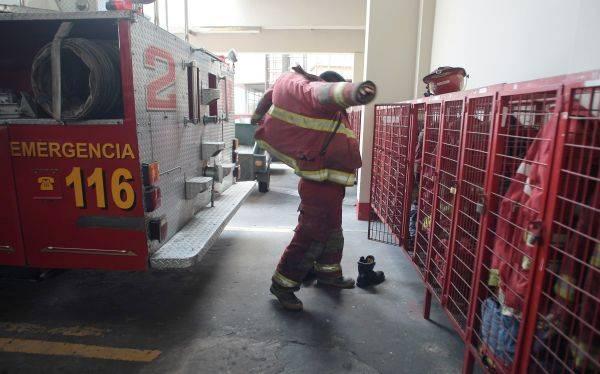 Bomberos en crisis: OSCE investiga compra ilegal de trajes contra incendios