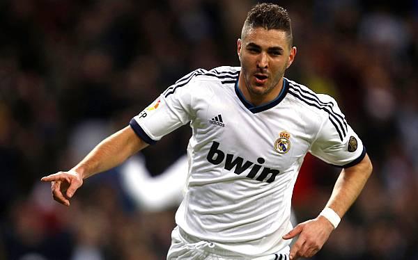 Real Madrid venció 2-0 a Valencia y se aferra a la Copa del Rey