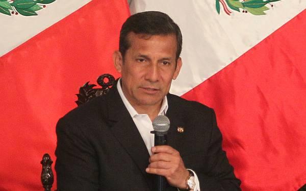 """Humala a embajadores: """"En el Perú se cumple el Estado de derecho para inversiones"""""""