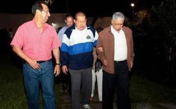 Foto de Hugo Chávez recorre redes: afirman que es luego de la operación