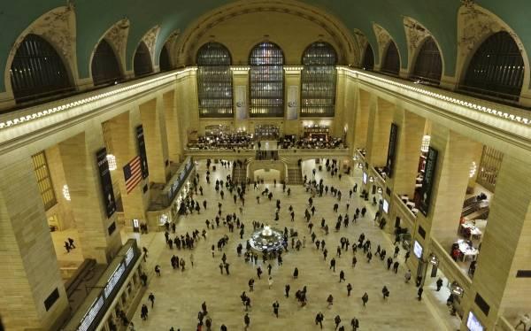 76ea91eb2 Mítica estación de trenes de NY cumple 100 años convertida en atractivo  turístico