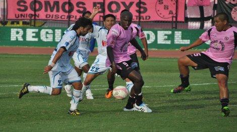 Poema rosa: Boys venció en Trujillo