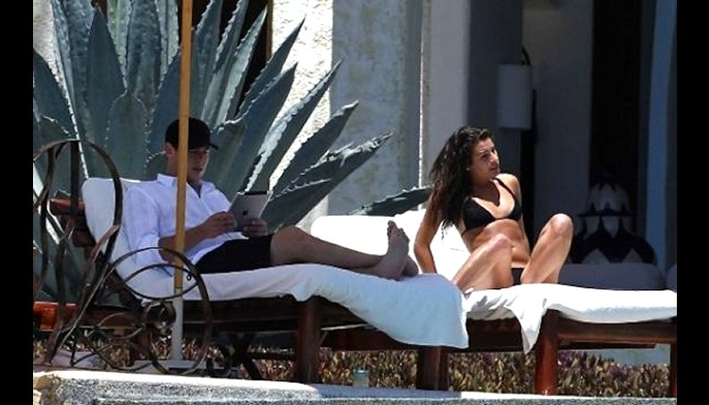 Fotos: Protagonista de Glee se luce en diminuto bikini